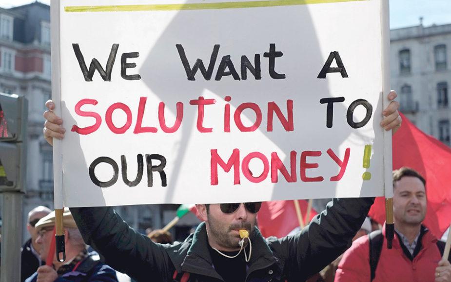 Reportagem: Os dramas humanos da crise da banca portuguesa