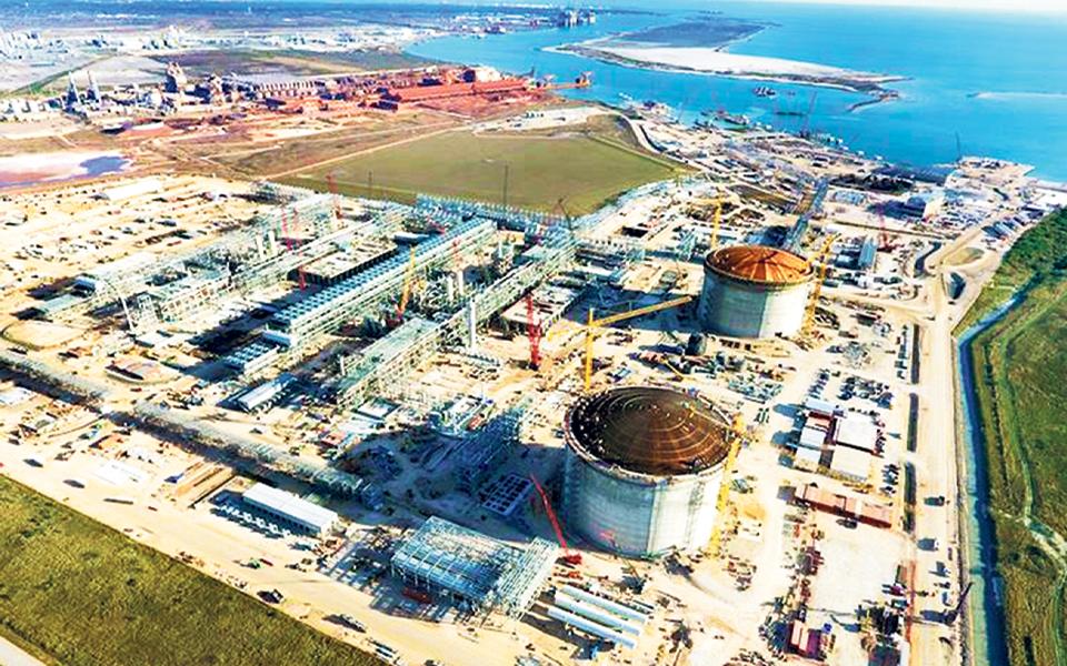 Mota-Engil deverá ganhar mil milhões  com projetos de gás natural em Moçambique