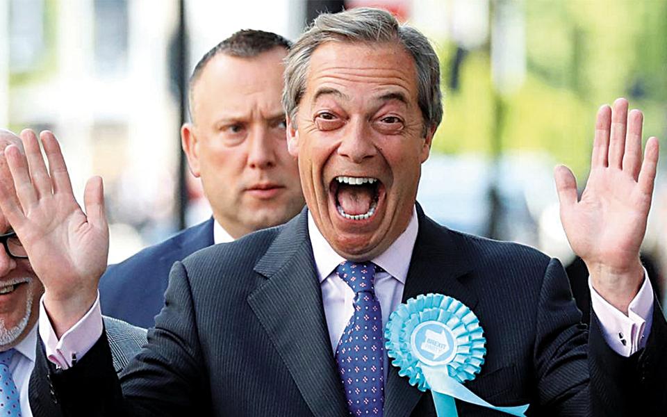Nigel Farage - Quando o Brexit vale bem estender uma passadeira vermelha a Boris