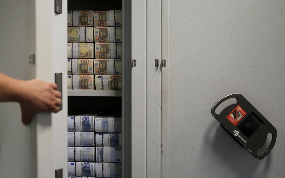 Para onde  vai a dívida pública?