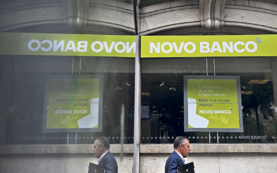 Cláusula 'secreta' abre a porta ao controlo do Novo Banco pelo Estado