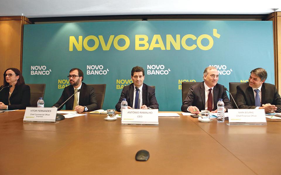 """Novo Banco """"poupa"""" 150 milhões em imparidades com aval de Bruxelas"""