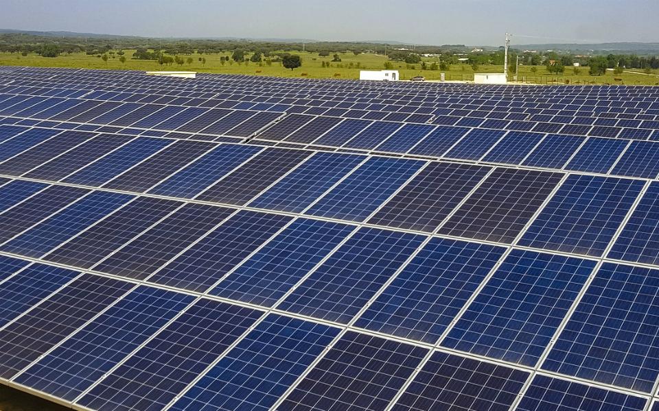 EDIA aposta em centrais solares no Alqueva