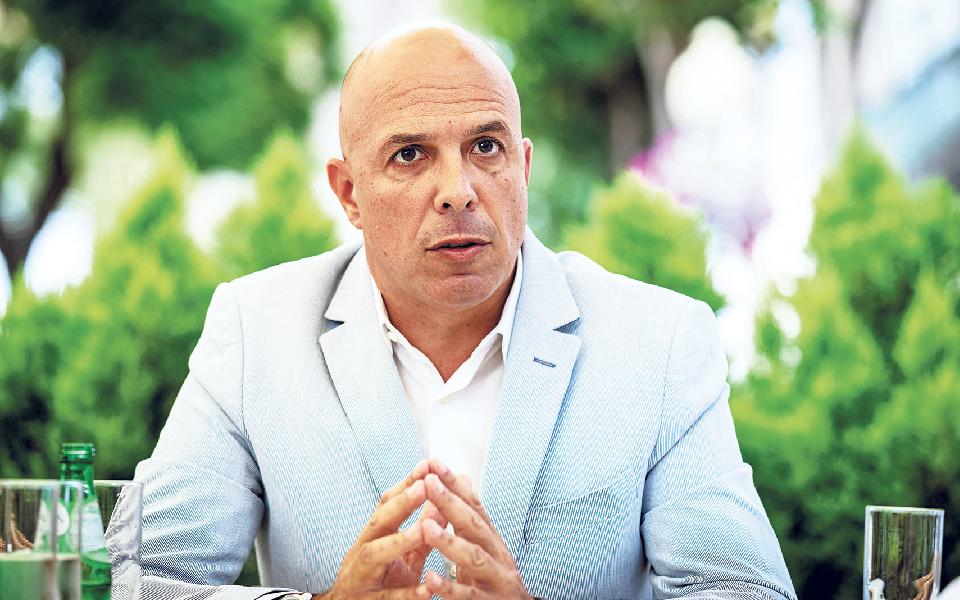 """""""Miguel Gouveia será, obviamente, candidato à Câmara do Funchal"""""""
