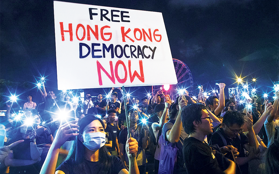 """Hong Kong - Apenas o primeiro """"round"""" da luta pelo sonho da democracia"""