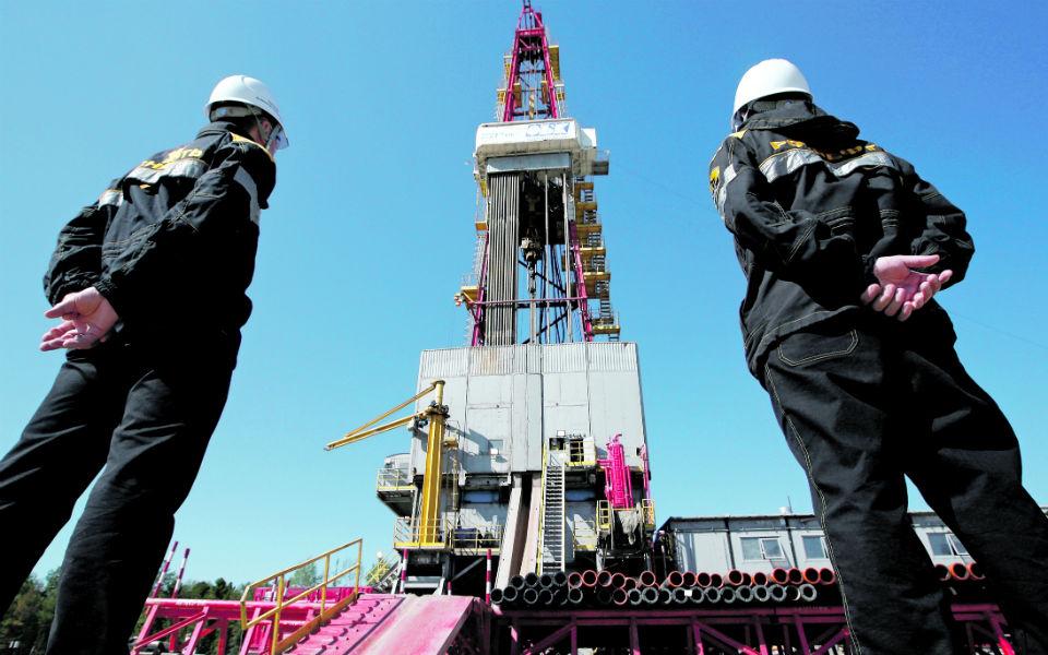 Mercado petrolífero coloca EUA no centro da incerteza