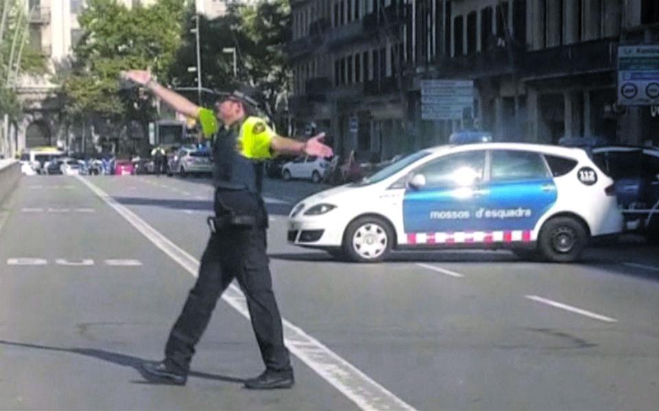 Atentado em Barcelona faz 13 mortos e mais de 100 feridos