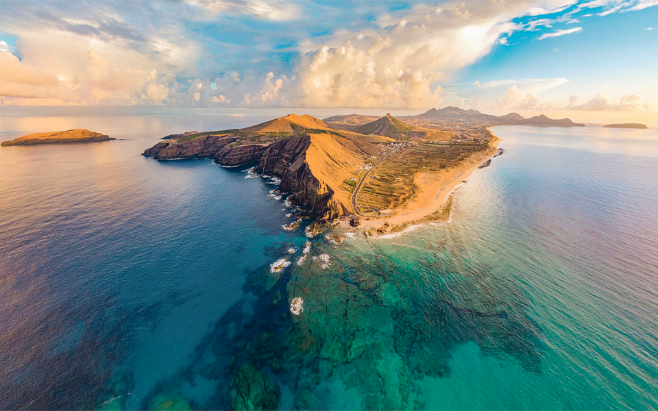 Porto Santo: Terreno com 700 metros de praia 'encalhado' na Parvalorem há oito anos