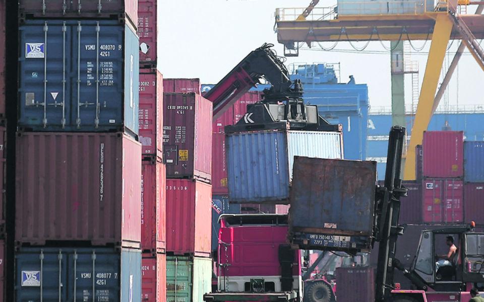 Governo vai à China procurar investimento para portos