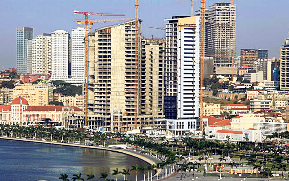 """""""Necessidade de investimento  em Angola privilegia arbitragem"""""""