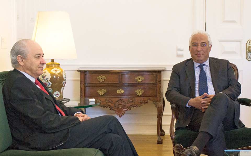 Sistema político: Porque é que em Portugal ganham sempre os mesmos partidos?