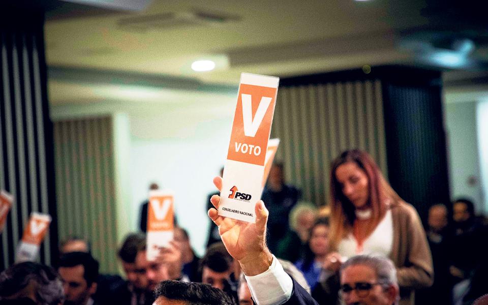 Sentido de voto sobre Orçamento vai depender do vencedor das diretas