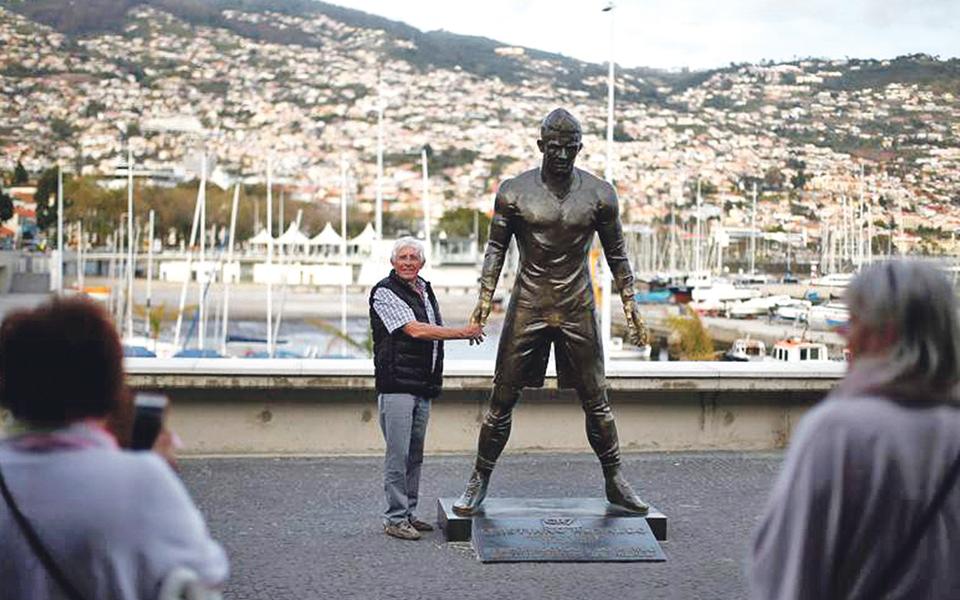 Madeira regressa a 'corredor verde' do turismo britânico