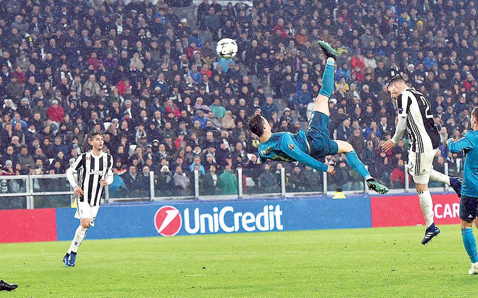 Cristiano Ronaldo De 'bicicleta' para a eternidade