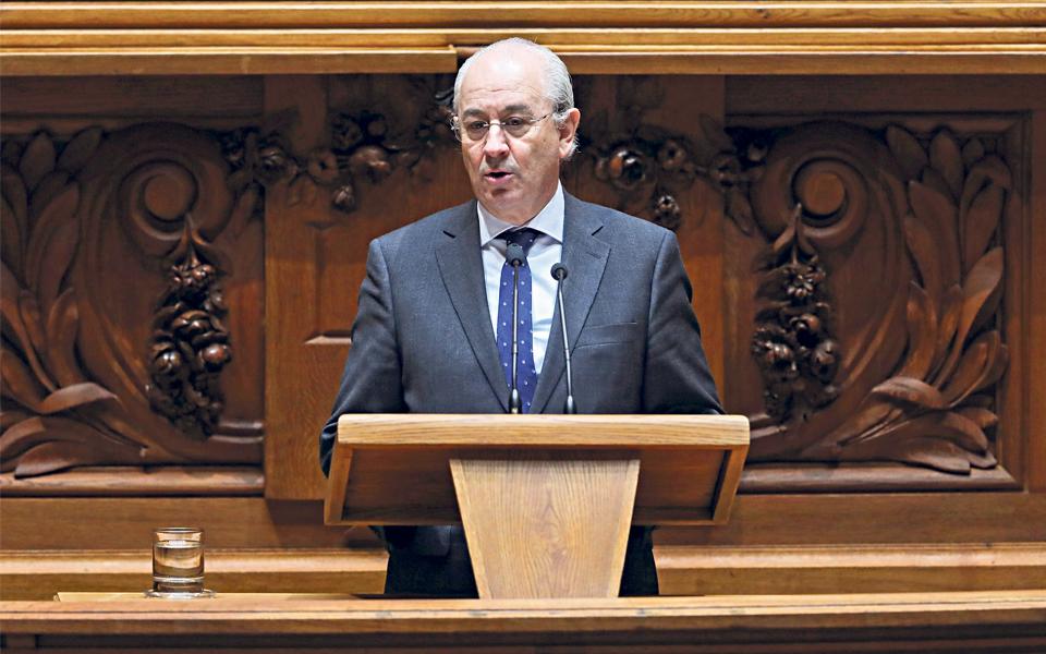 Montenegro tenta conquistar Conselho Nacional do PSD