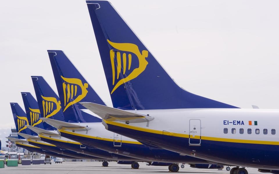 CEO da Ryanair debate futuro da aviação com Frasquilho e Arnaut