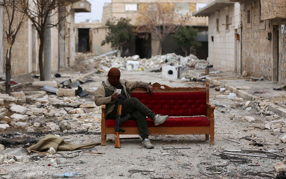 Estados Unidos voltam a ponderar intervenção militar na Síria