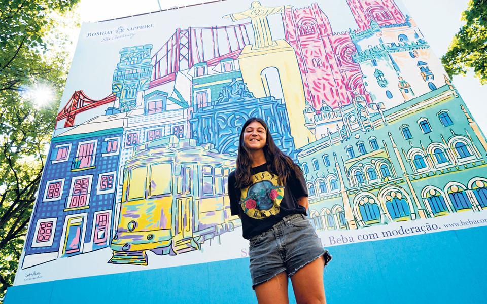Bombay Saphire Stir Creativity - Lisboa sobre uma tela branca
