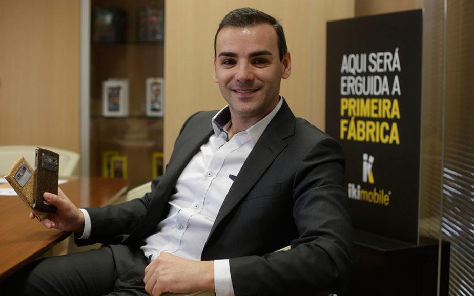 IKI Mobile abre fábrica de telemóveis em Coruche