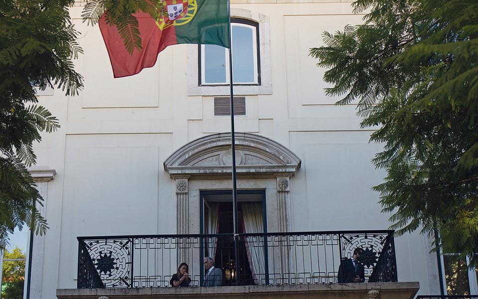 Partidos obedecem ao Presidente e juízes abrem as portas do TC