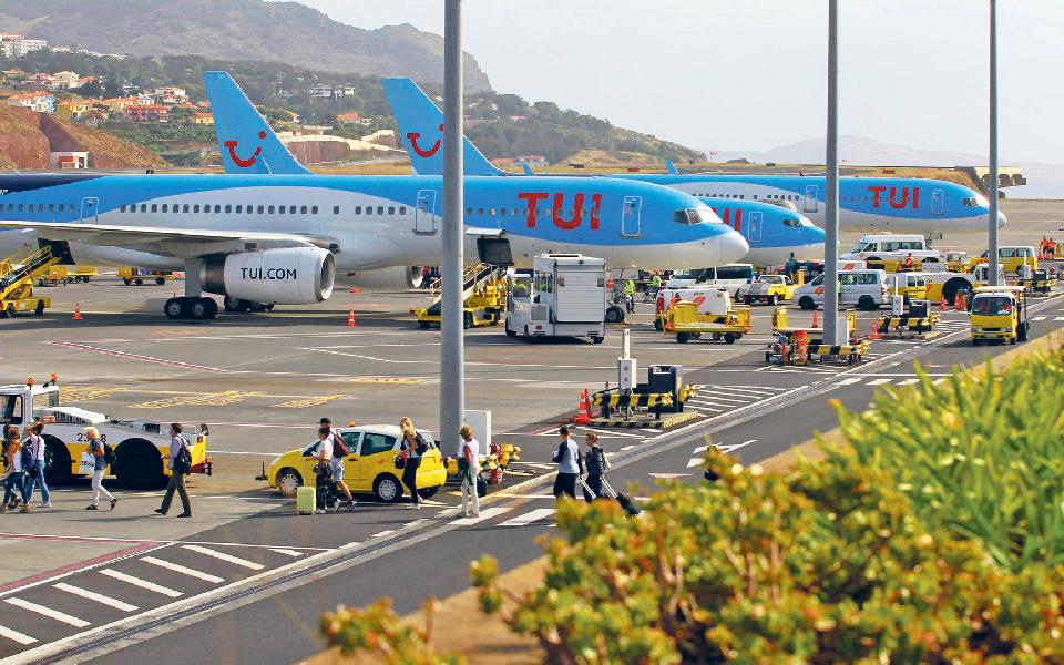 Reabertura do aeroporto tem balanço positivo de Governo e hoteleiros